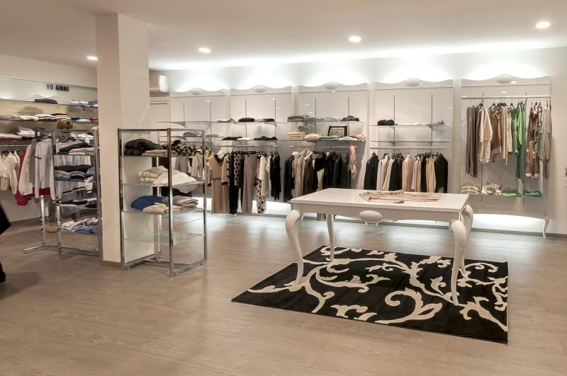 arredamento interni negozi: arredamento per negozi articoli ... - Arredamento Interni Negozi
